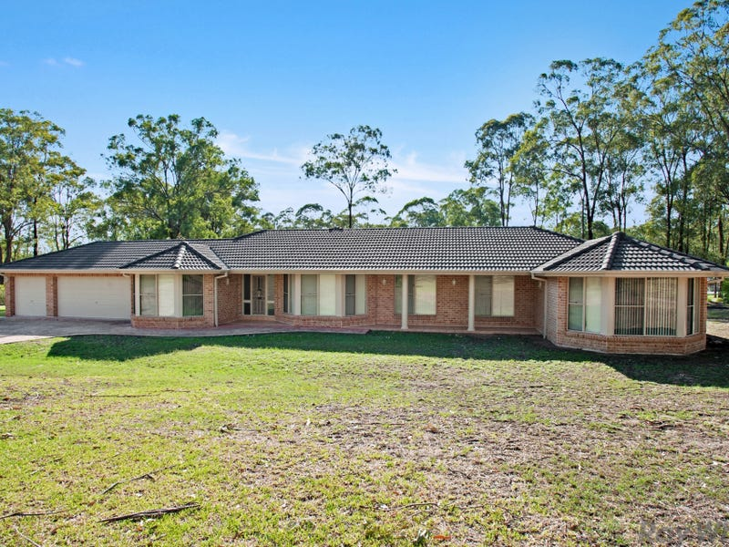2 Durham Grove, Wallalong, NSW 2320