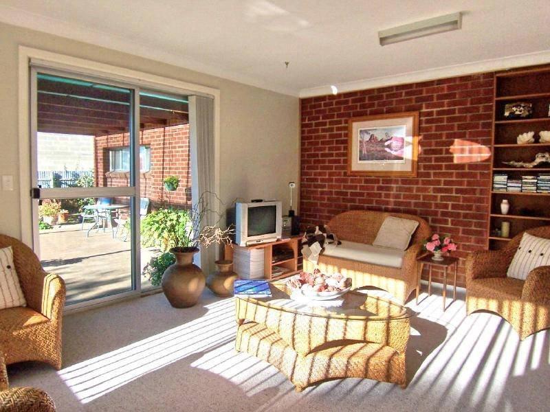 51 Temora Street, Cootamundra, NSW 2590