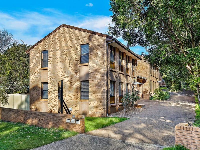 1/2A Myuna Way, Mangerton, NSW 2500