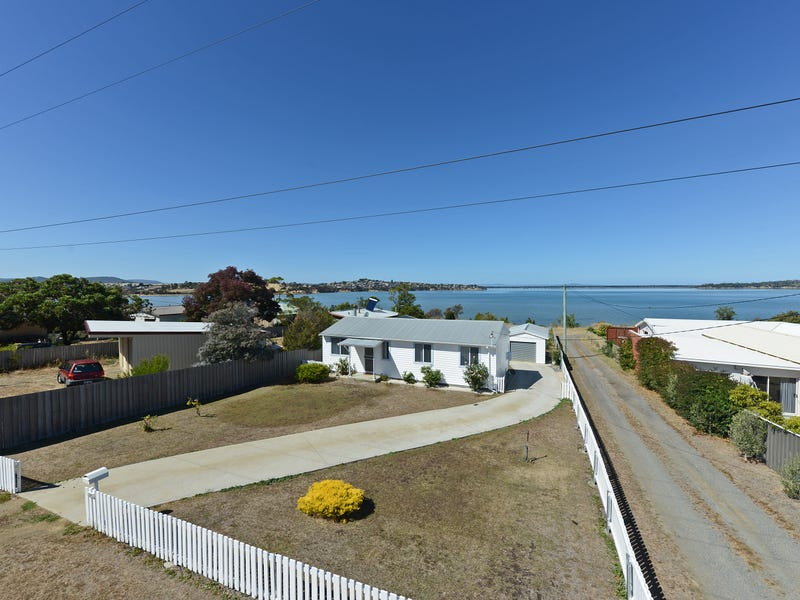 395 Shark Point Road, Penna, Tas 7171