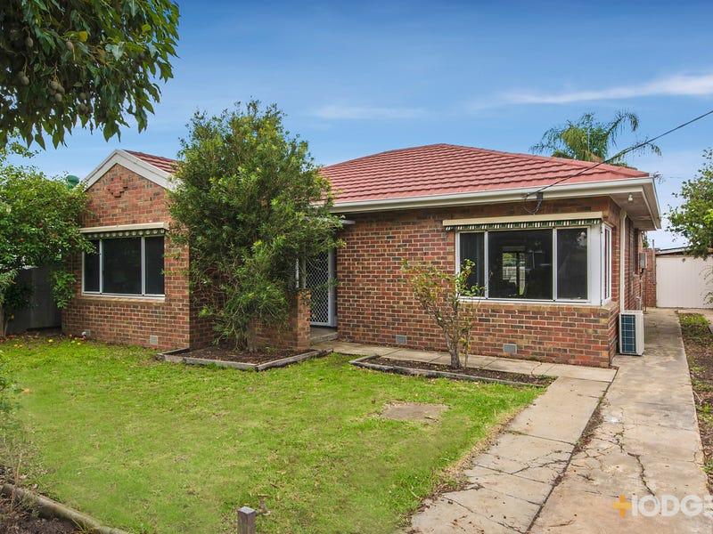 4 McNabb Avenue, Geelong West, Vic 3218