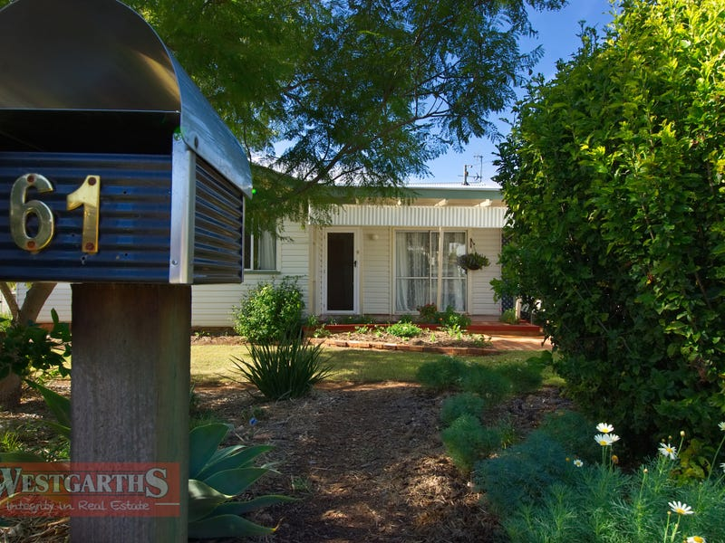 61 Toowoomba Road, Oakey, Qld 4401