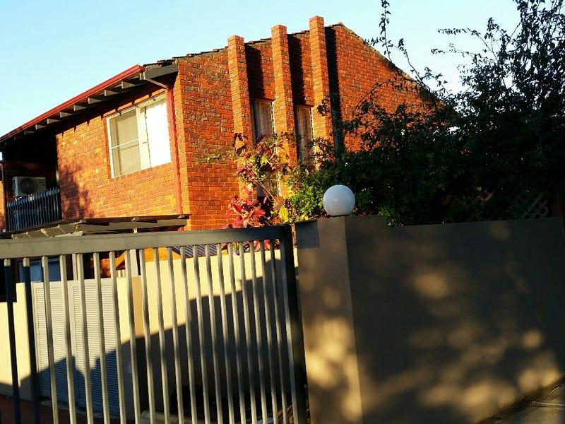 1/17 Weston Avenue, South Perth