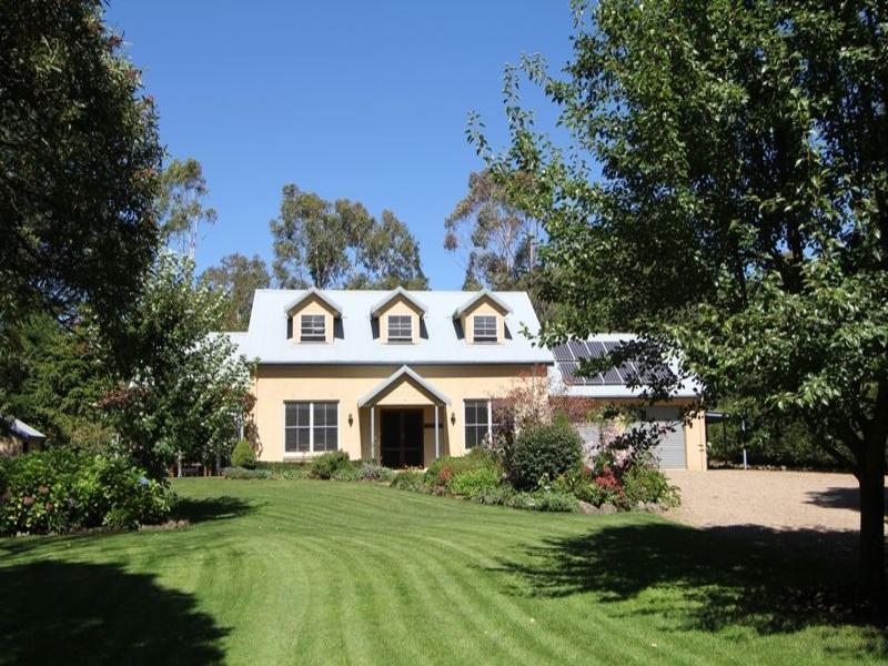 3 Throsby Rd, Fitzroy Falls, NSW 2577
