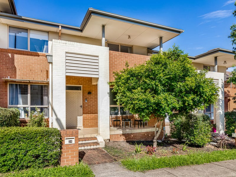 34 Cadman Ave, West Hoxton, NSW 2171