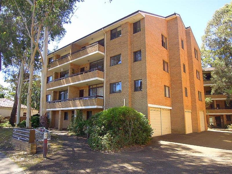 18/8-14 Swan St, Revesby, NSW 2212