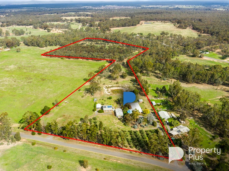 140 Middle Road, Bromley, Vic 3472