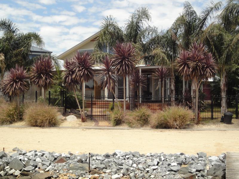 145 Palm Beach Drive, Patterson Lakes, Vic 3197