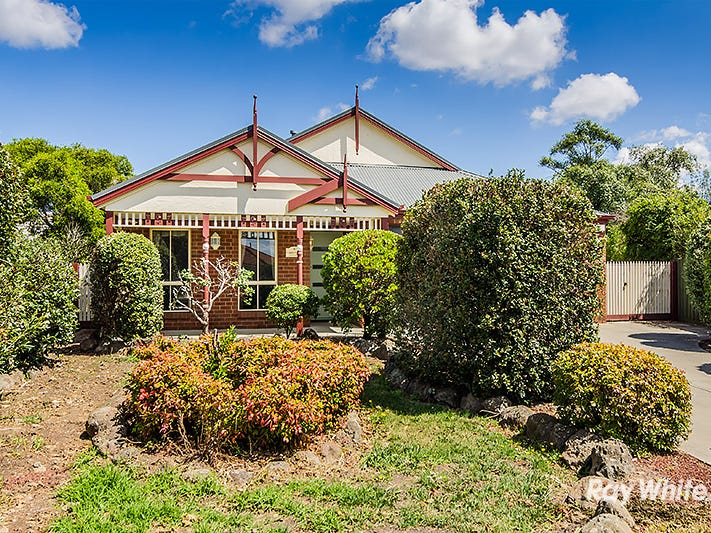 3 Filbert Court, Cranbourne North, Vic 3977