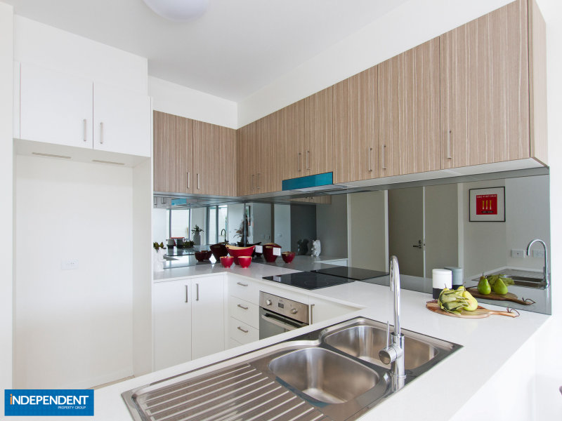 2 Peter Cullen Way, Wright, ACT 2611