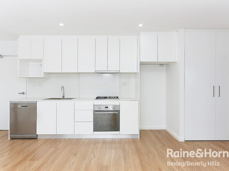 305/2a Cooks Ave, Canterbury, NSW 2193