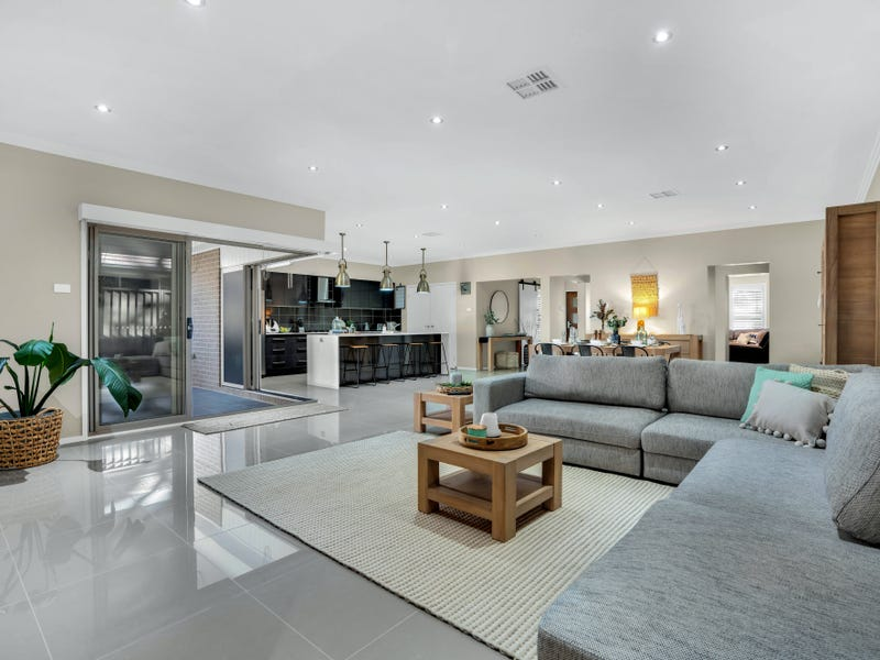 35 Bowerbird Street, South Nowra, NSW 2541