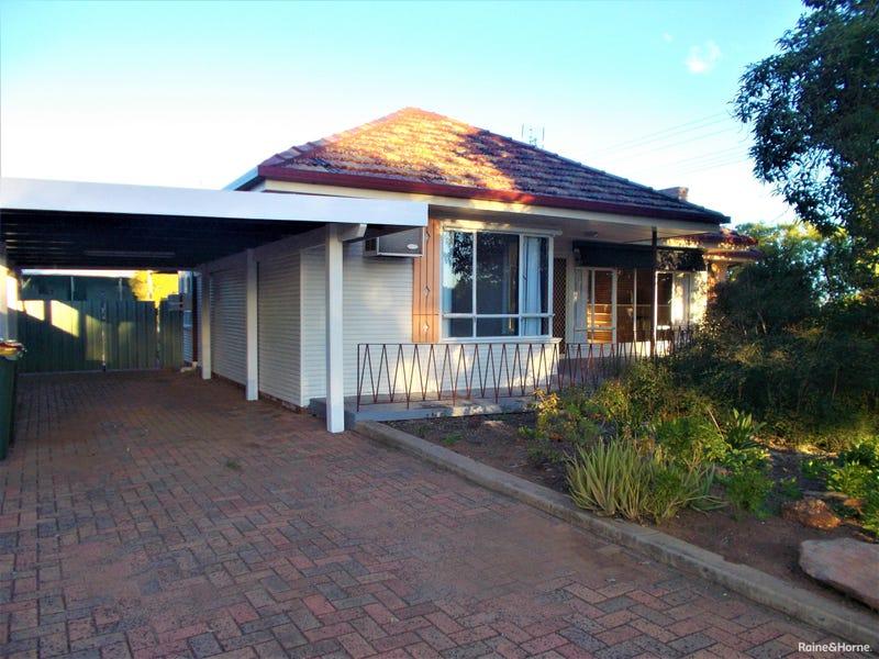 55 Clarinda Street, Parkes, NSW 2870