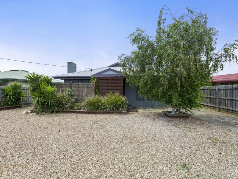 52 Young Street, Bacchus Marsh, Vic 3340