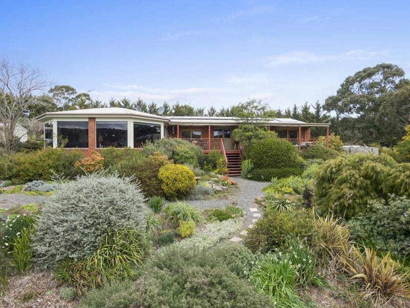 25 Shuter Avenue, Greendale, Vic 3341