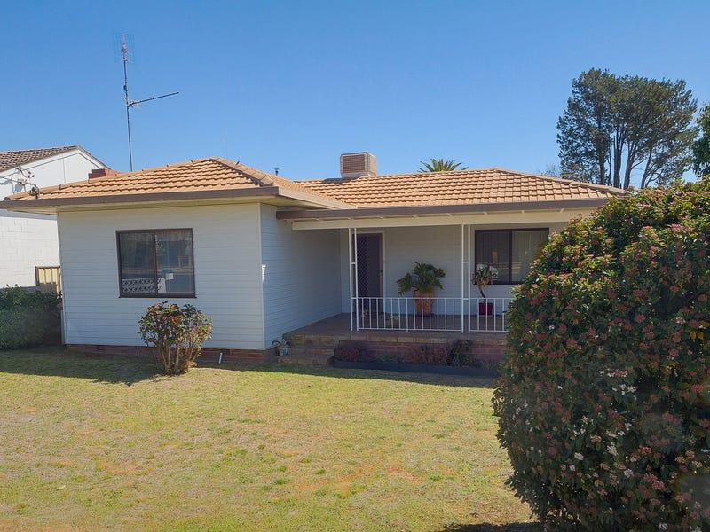48 Darling Avenue, Cowra, NSW 2794
