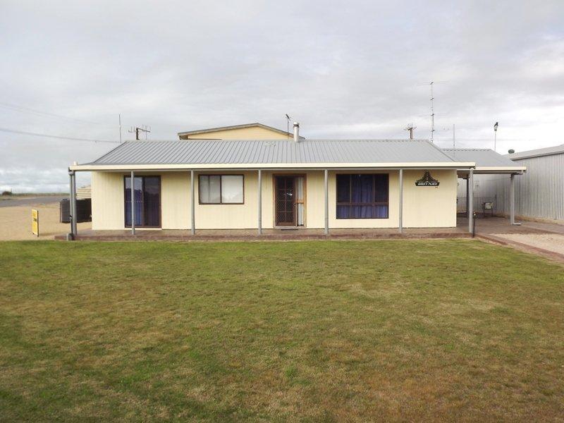 64 Esplanade, Hardwicke Bay, SA 5575