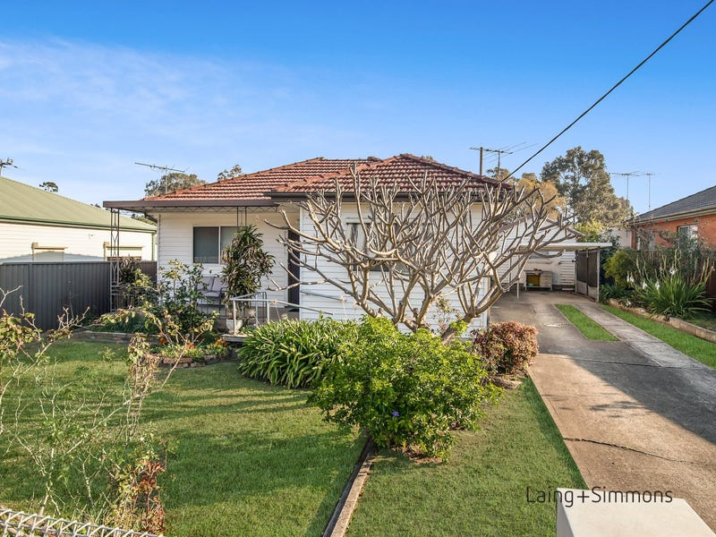30 Magowar Road, Pendle Hill, NSW 2145