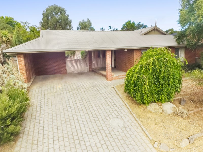 10 Sovereign Court, Strathdale, Vic 3550