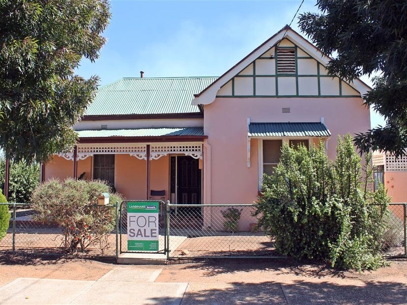 90 Monash Street, West Wyalong, NSW 2671