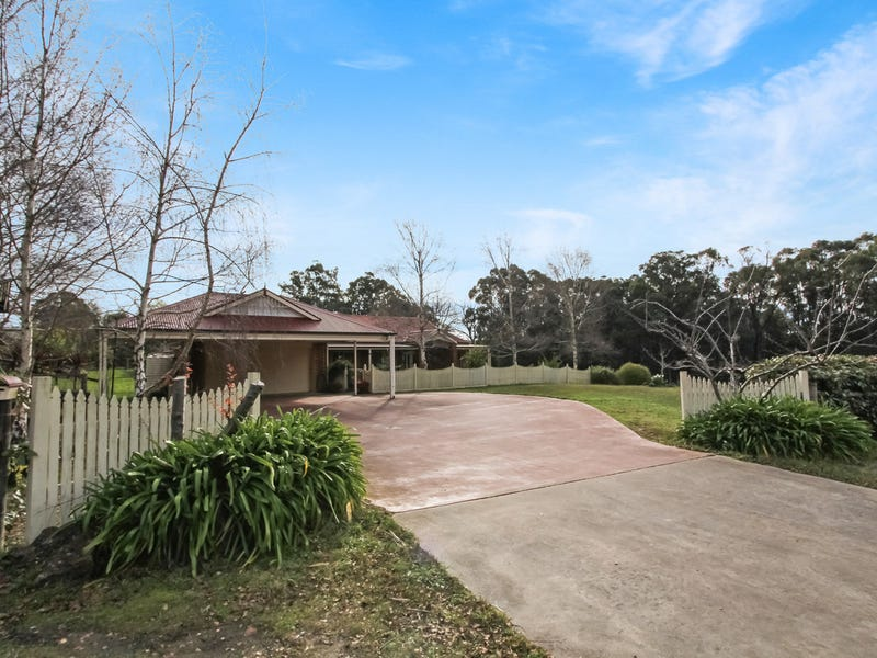25 Golf Links Drive, Mirboo North, Vic 3871