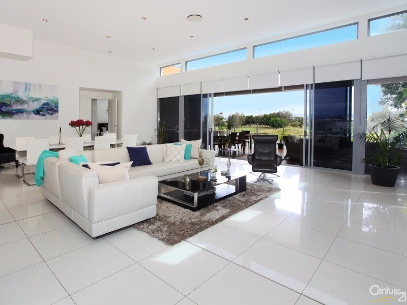 2008 The Boulevarde, Benowa, Qld 4217