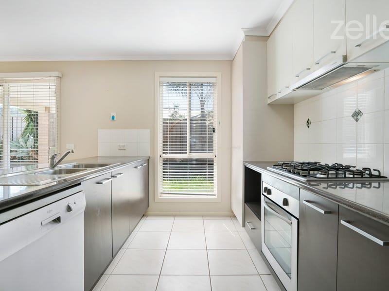 11 Kurrajong Crescent, West Albury, NSW 2640