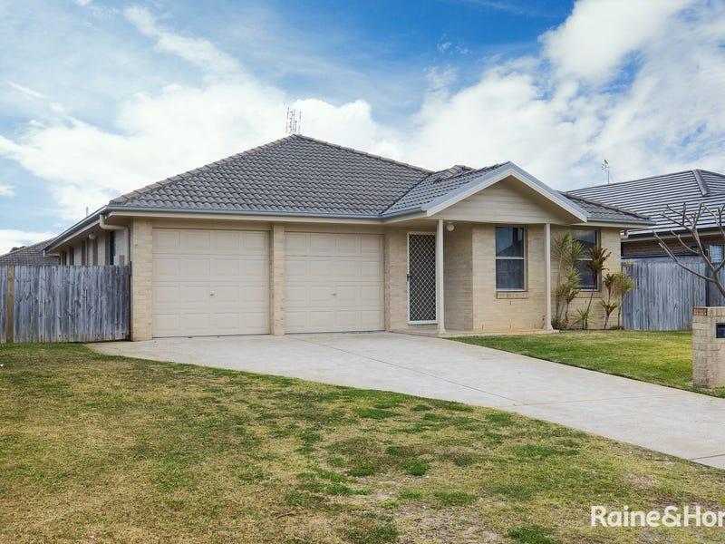 5 Pyramus Way, Tanilba Bay, NSW 2319