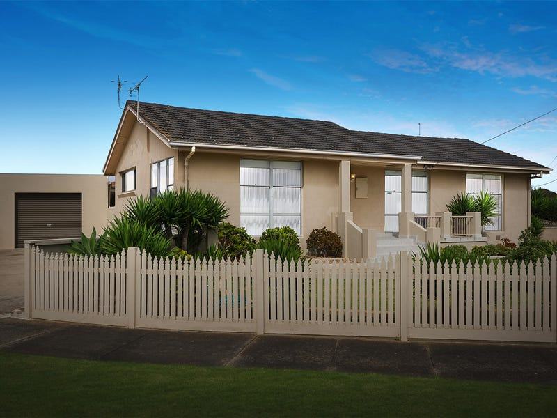 14 Veronica Court, Newcomb, Vic 3219