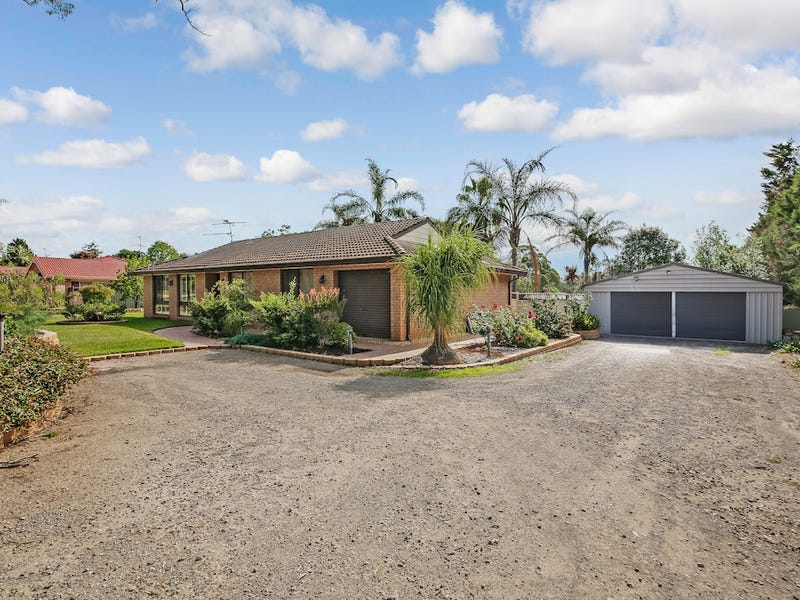 33 Darley Street, Thirlmere, NSW 2572