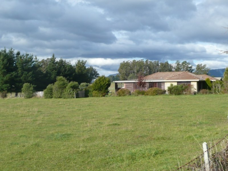 25 Fernleigh Road, Caveside, Tas 7304