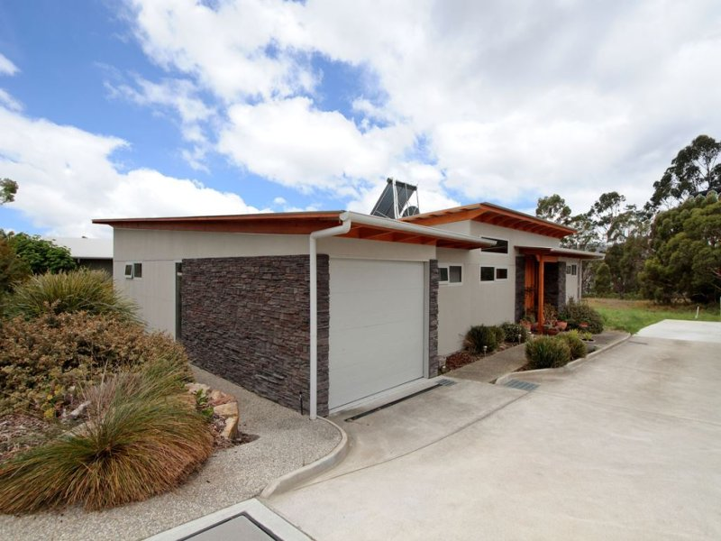 1/11 Staff Road, Electrona, Tas 7054