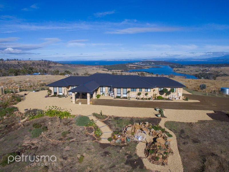 458 SugarLoaf Road - Hill Top, Carlton River, Tas 7173
