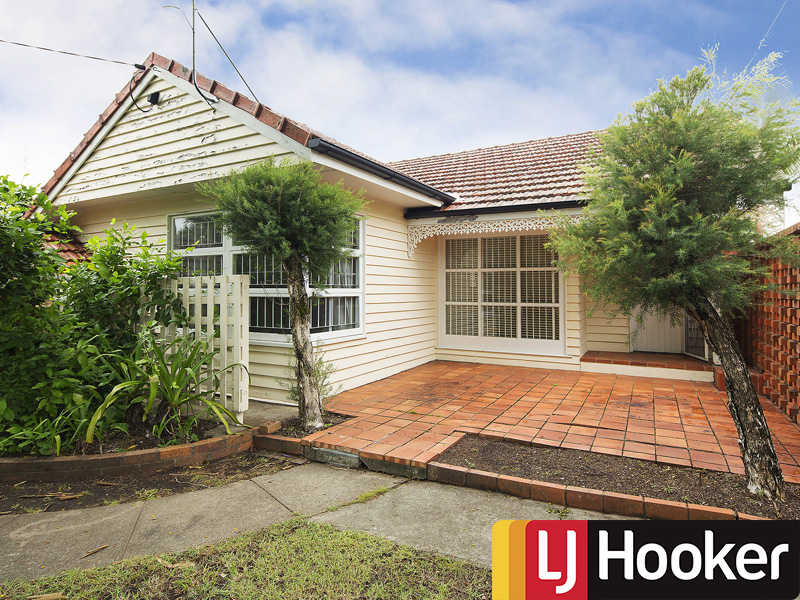 Address available on request, Bardon, Qld 4065