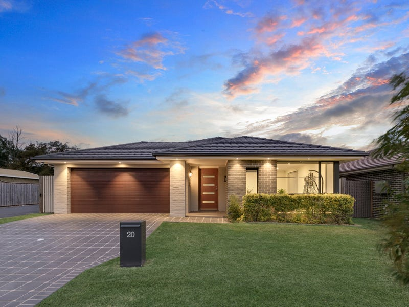 20 Sovereign Cct, Glenfield, NSW 2167