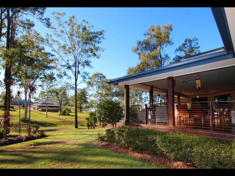 11 Appaloosa Place, Pine Mountain, Qld 4306
