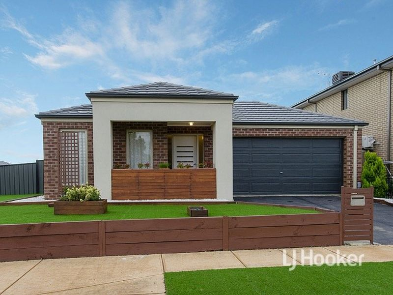 101 Tom Roberts Parade, Point Cook, Vic 3030