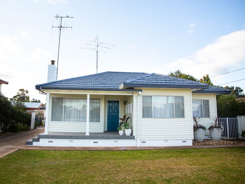 9 McDonnell Street, Forbes, NSW 2871
