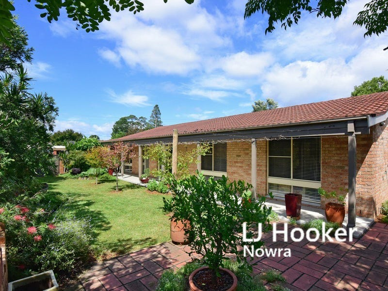 63 Cambewarra Road, Bomaderry, NSW 2541
