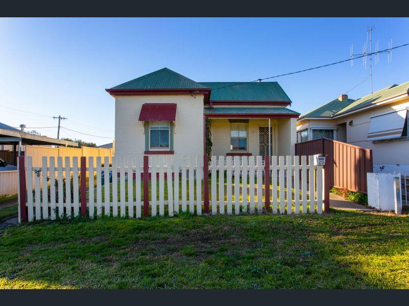20 Parkes St, Cowra, NSW 2794