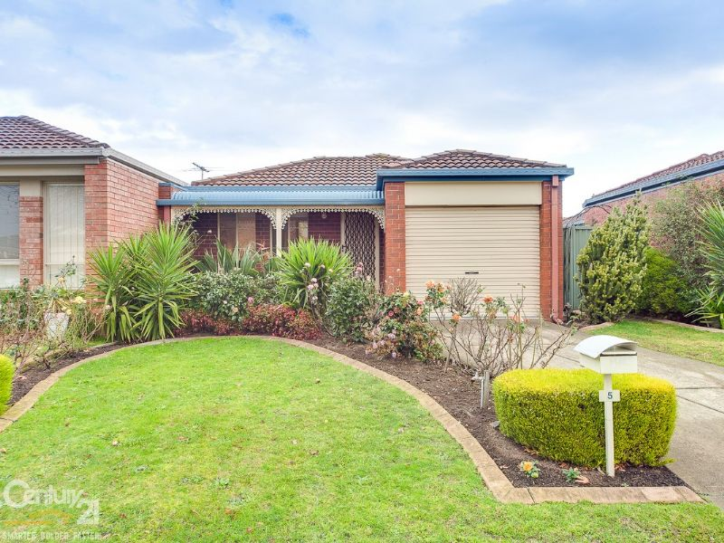 5 Oak Post Place, Cranbourne East, Vic 3977