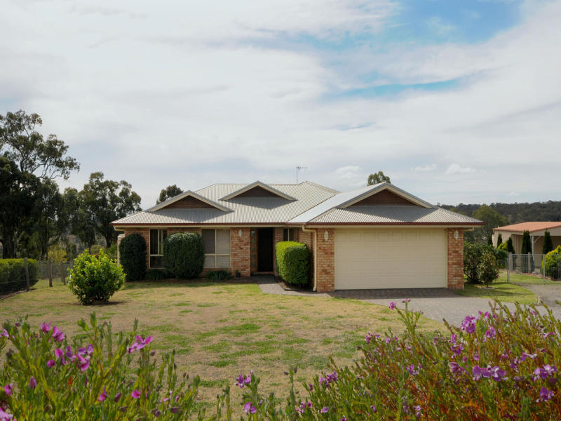 6 Roseburn Court, Torrington, Qld 4350