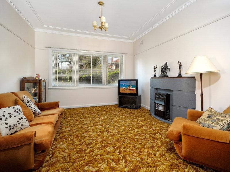 5 Rodgers Avenue, Kingsgrove, NSW 2208