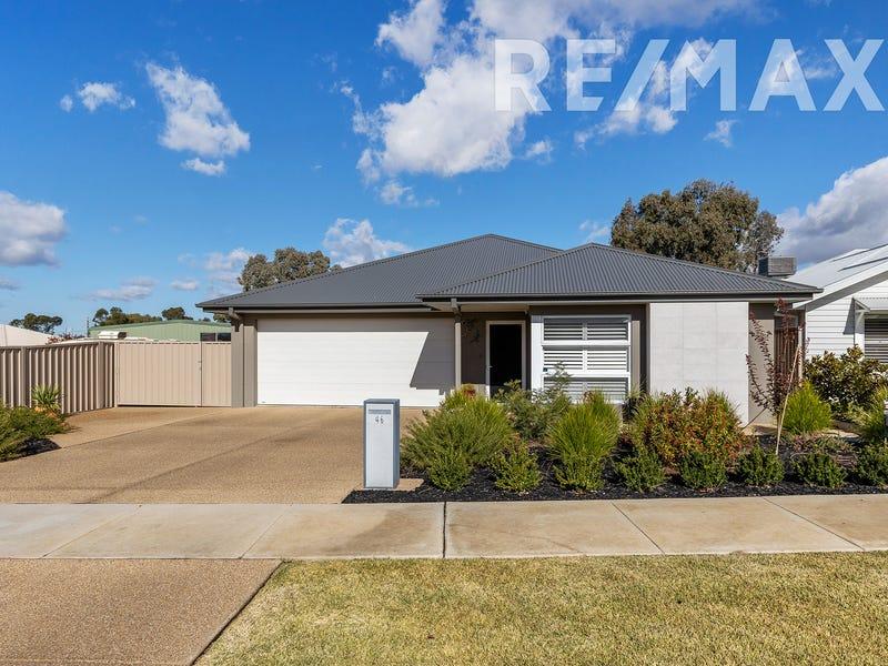 46 Bradman Drive, Boorooma, NSW 2650