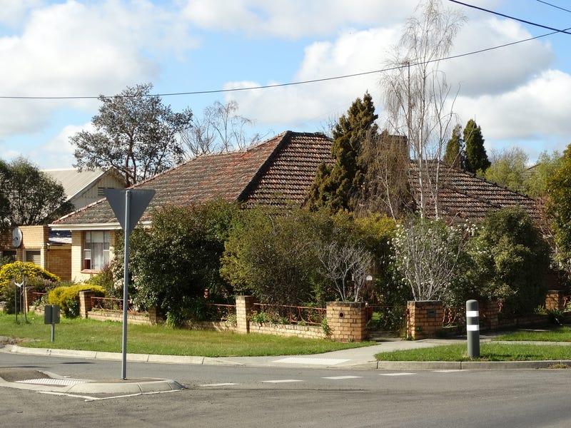 32 Burnbank Street, Lake Wendouree, Vic 3350