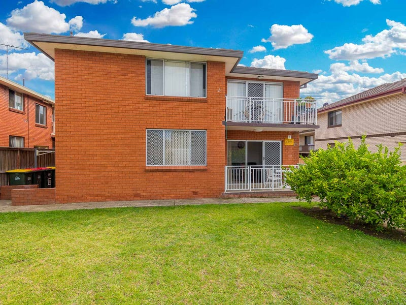 1/44 Wrentmore Street, Fairfield, NSW 2165