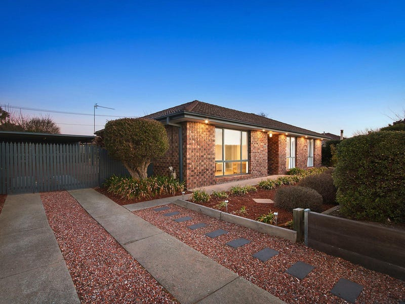 12 Heagney Crescent, Chisholm, ACT 2905