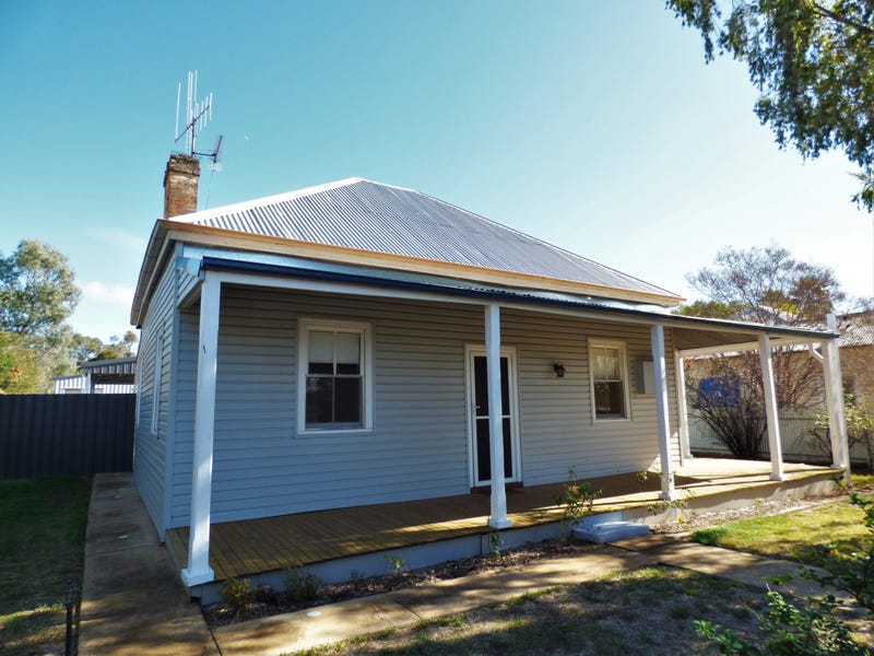 49 Flint Street, Forbes, NSW 2871
