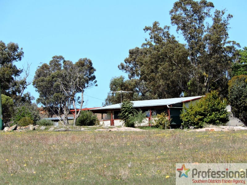 117 Geeralying Rd, Narrogin, WA 6312