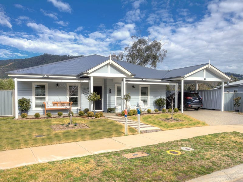 10 Karnu Court, Bright, Vic 3741